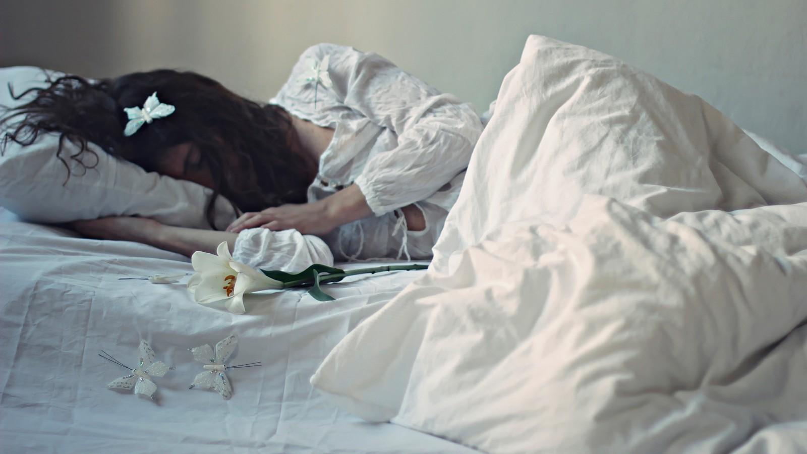увидеть во сне много незнакомых девушек